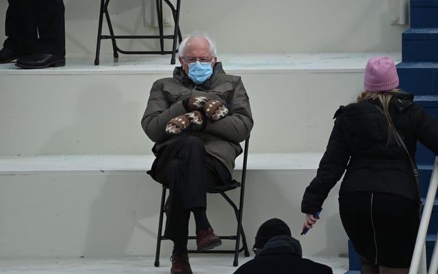 Joe Biden adalah presiden, tetapi Bernie Sanders masih raja meme