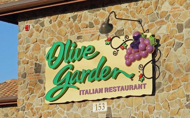 Ulasan yang tidak pernah berakhir dari iklan pasta yang tidak pernah berakhir di Olive Garden