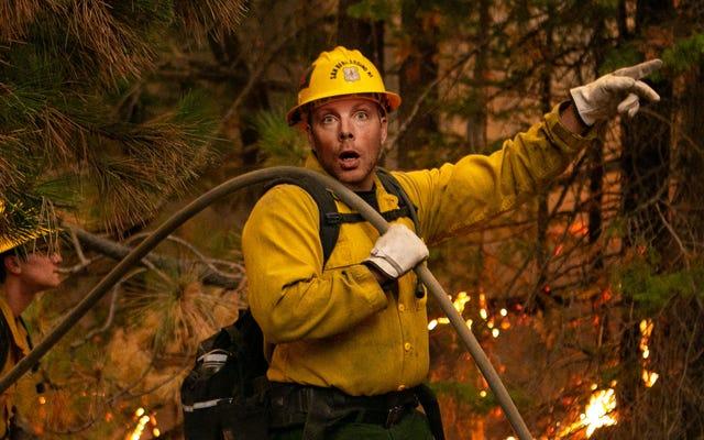 'Uh-Oh,' Nhân viên cứu hộ nói ngọng khi xem cháy rừng ở California, tràn dầu kéo đến gần nhau hơn
