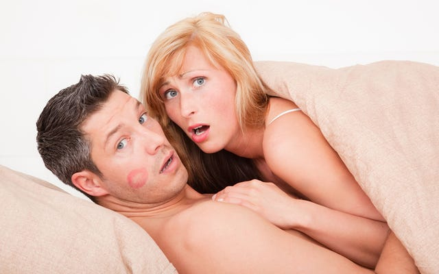 ภรรยาน้องสะใภ้พบการโกงในการอัปเดตสดที่บ้าที่สุดเท่าที่เคยมีมา