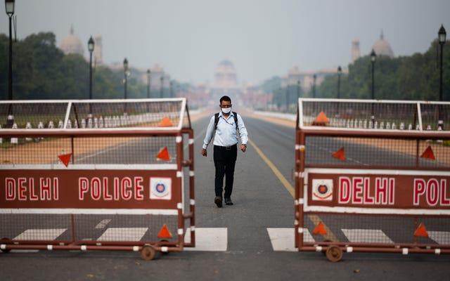 インドは21日間で13億人の人口全体を封鎖します