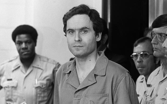 Các nhà điều tra xác định kẻ giết người hàng loạt 'Ted Bundy' khét tiếng