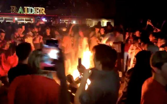 Gli studenti di Texas Tech potrebbero aver esagerato per festeggiare