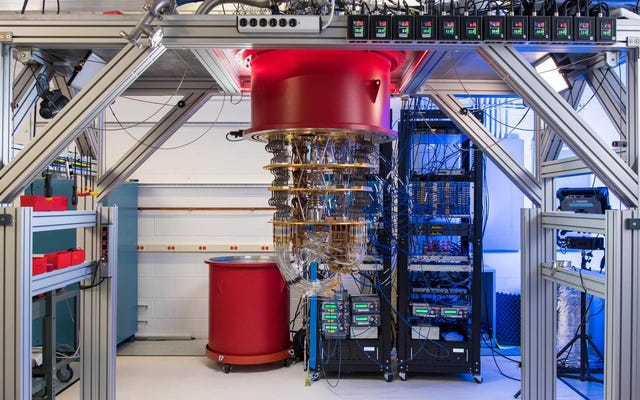 グーグルはそれが「量子の覇権」に達したと言っている、IBMは疑っている
