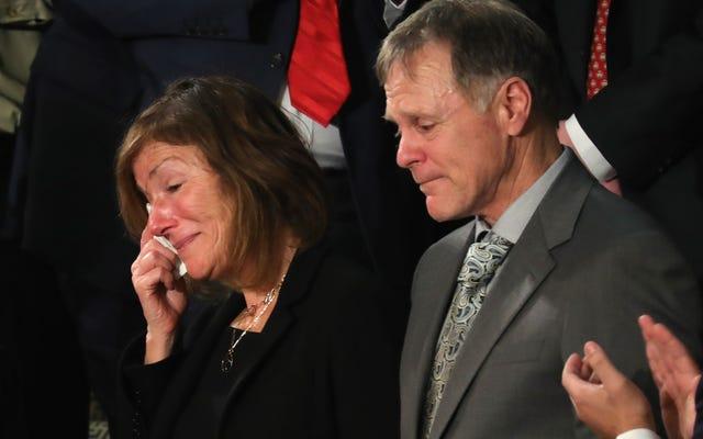 オットー・ワームビアの家族、そして共和党の上院議員でさえ、学生の死をめぐるトランプの発言に火をつけている