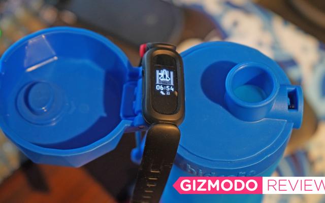 Le Fitbit Ace 3 récompense les enfants pour avoir quitté leur écran