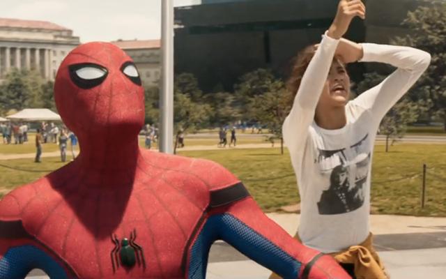 ソニーは帰郷の続編の後、スパイダーマンのMCUの未来に奇妙な疑問を投げかけています