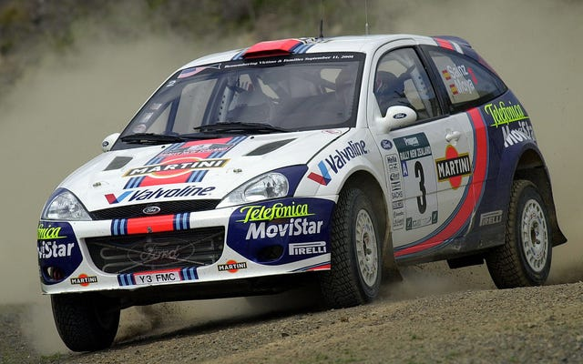 Faites un détour en 2001 avec ces rétrospectives du championnat du monde des rallyes