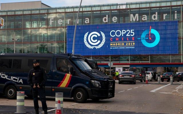Największy zanieczyszczający w Hiszpanii sponsoruje ostatnie rozmowy klimatyczne ONZ