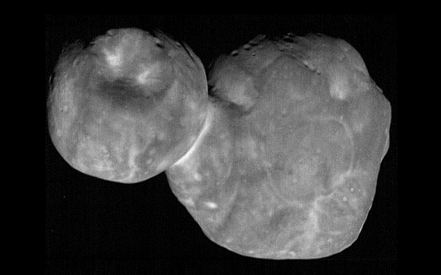 私たちはついにMU69、太陽系外の奇妙な平らな岩についてもっと学びました