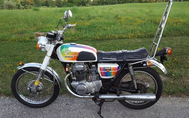 Pour 2000 $, cette Honda CB350 de 1969 vous fera-t-elle hâte au Sissy Bar?