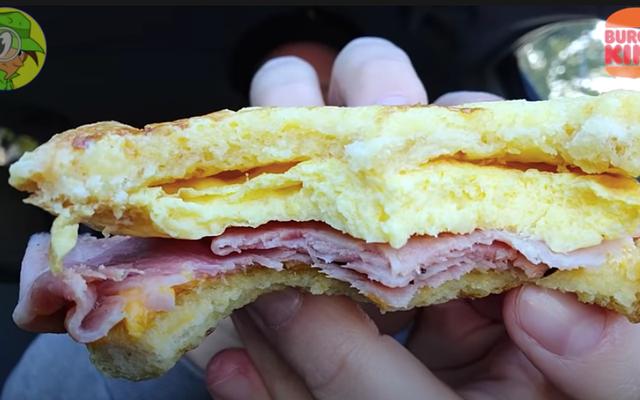 バーガーキングが昔の朝食のお気に入りをよみがえらせる