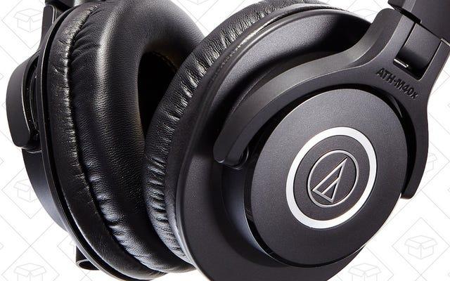 ประหยัดสุดๆ กับ Audio Technica ATH-M40X ที่ได้รับความนิยมตลอดกาล พร้อมไมค์ติดปกฟรี