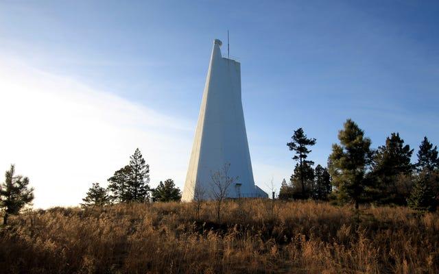 `` Le télescope n'a pas vu les extraterrestres '', directeur de Mysterously Shut Down Observatory Claims