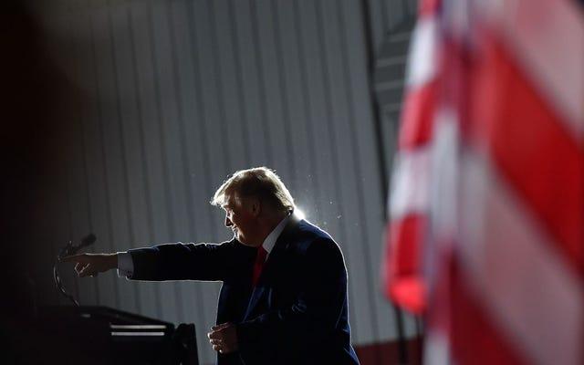 Trump sigue mintiendo sobre COVID-19, afirma que no es un riesgo para los jóvenes