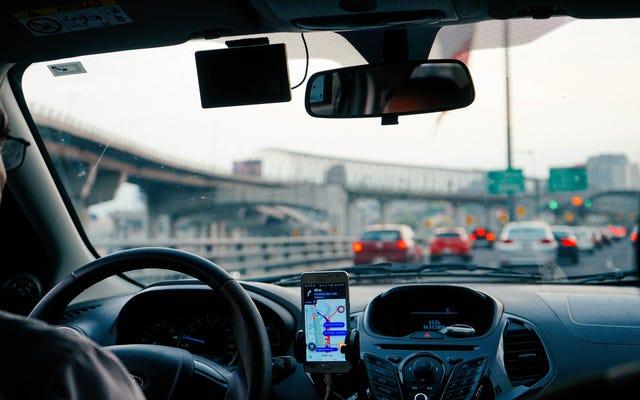 Come verificare la presenza di telecamere nascoste in un Uber o Lyft