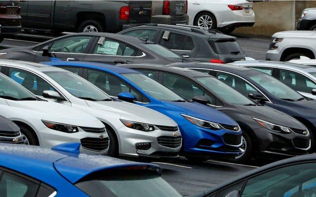 マサチューセッツ州のサブプライム自動車貸し手が「日常的に」欠陥のある車を販売するための和解金として765,000ドルを支払う