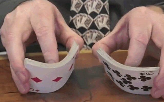 Trik Licik Menggunakan Sihir Matematika untuk Menebak Kartu Anda