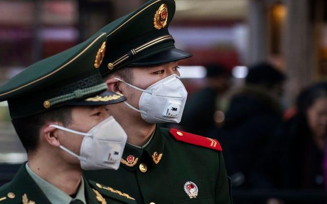 La Chine ordonne des contrôles obligatoires du coronavirus à Wuhan et tous les infectés transférés dans des camps de quarantaine