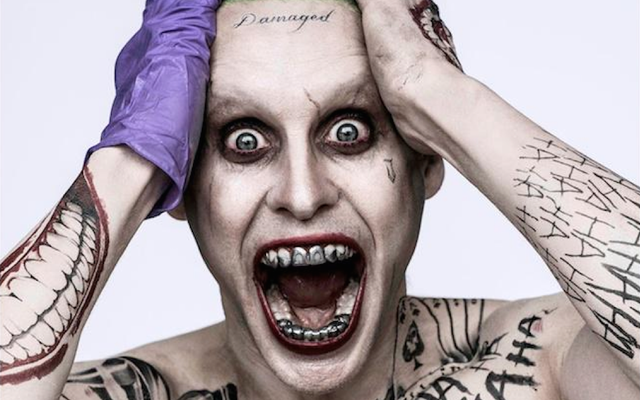 नए जोकर का असली कारण उन दांतों और माथे का टैटू है