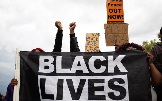 調査によると、黒人の有権者はトランプに投票することに興奮しており、多くの人が直接投票することを計画しています