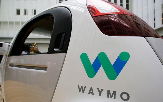 Honda, Google'ın Kendi Kendine Sürüş Arabaları Üzerine Waymo'su ile Konuşacak Bir Sonraki Otomobil Üreticisi