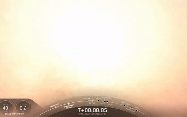 Falcon 9は、最新のSpaceXローンチでクラウドから登場します