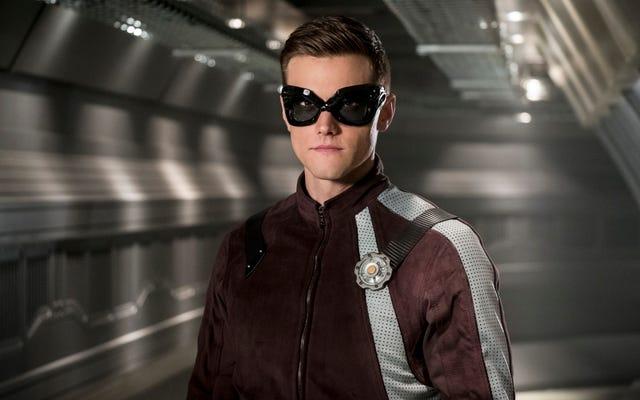 ด้วย The Flash ที่ถูกกีดกันทีม B จะเข้าสู่เวทีกลางในตอนที่ไม่สม่ำเสมอ