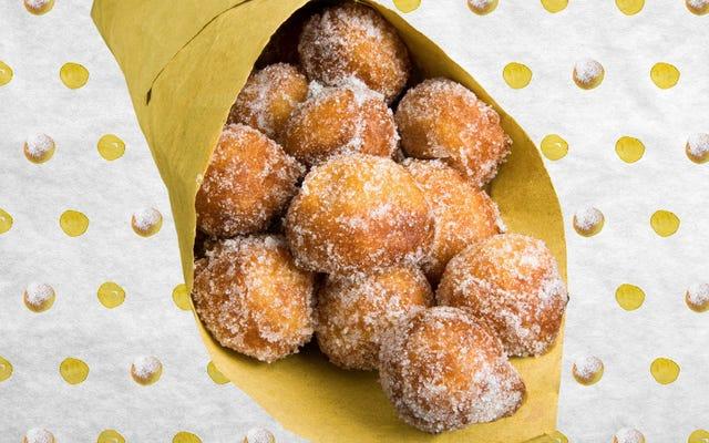 Goditi il comfort di queste ciambelle bomboloni dolci e gonfie, non è necessario l'olio per friggere