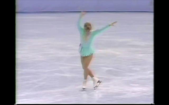 スフィアン・スティーブンスは、恥ずべきフィギュアスケート選手のトーニャ・ハーディングに敬意を表して、彼がどのように知っているかを知る唯一の方法です。