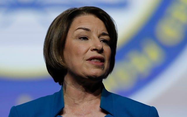 Демократы настаивают на значительном усилении безопасности на выборах на фоне продолжающегося бюджетного сражения