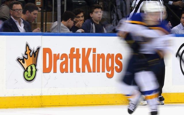 Jak więc NHL, oficjalny partner PointsBet, Bally's i MGM Resorts, poradzi sobie z Evanderem Kane'em?