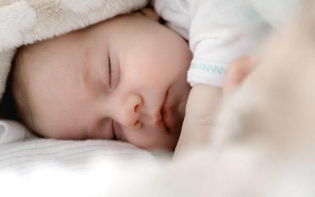 あなたの子供を眠らせる方法:0-13歳のための究極のガイド