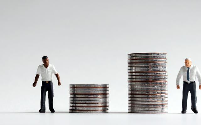 हर कोई जानता है कि एक नस्लीय धन गैप है। हम इसे कैसे ठीक करें?