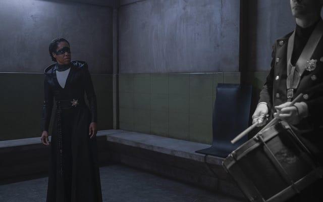 HBO non è stata venduta per una seconda stagione di Watchmen senza Damon Lindelof ... ancora