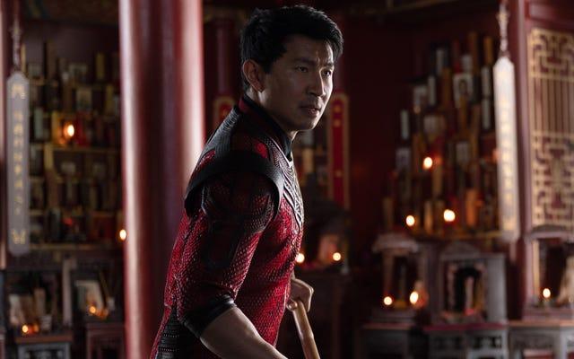 """Simu Liu non apprezza il capo della Disney Bob Chapek che definisce Shang-Chi un """"esperimento interessante"""""""