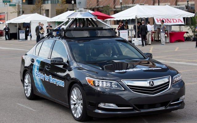 Michigan se compromete con la mayoría de las leyes de conducción autónoma abiertas