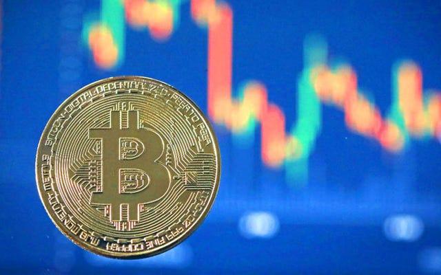 ビットコインは35%崩壊し、秋に残りの暗号通貨を引きずります