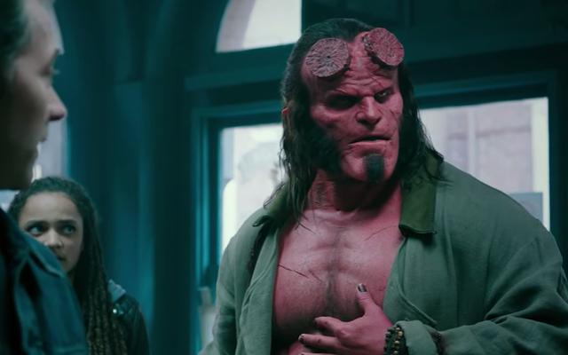 David Harbour brise les choses vraiment bien dans la première bande-annonce du redémarrage de Hellboy