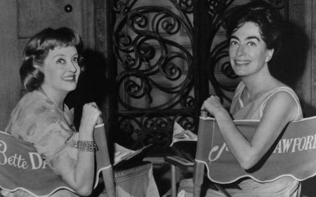Susan Sarandon dan Jessica Lange untuk memerankan Feud yang terkenal dari Bette Davis dan Joan Crawford