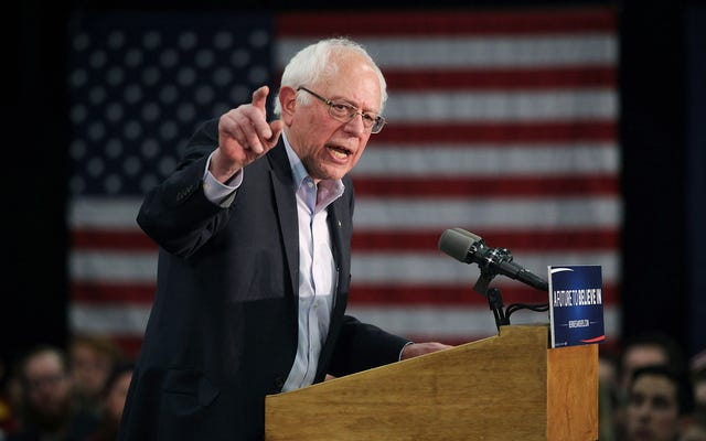 Tin tốt cho Bernie Bros: Bernie Sanders dẫn đầu ở Iowa chỉ vài tuần trước khi họp kín
