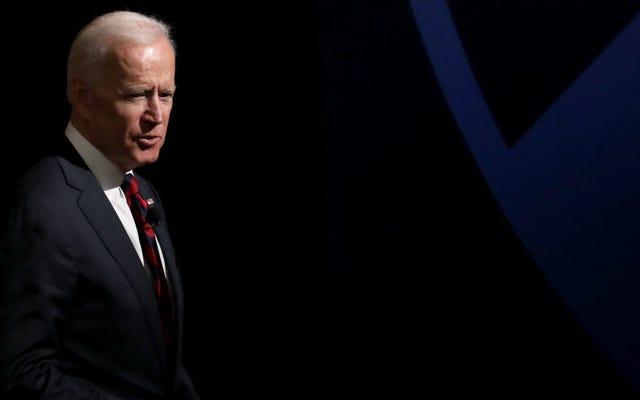 Wanita Kedua Maju Menuduh Joe Biden Menjadi Kotor