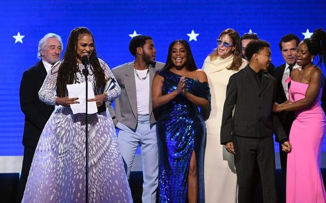 批評家チョイスアワード2020:彼らが私たちをベストリミテッドシリーズに選んだのを見ると、AvaDuVernayは「黒人女性に彼女のことをさせた」Netflixに感謝します