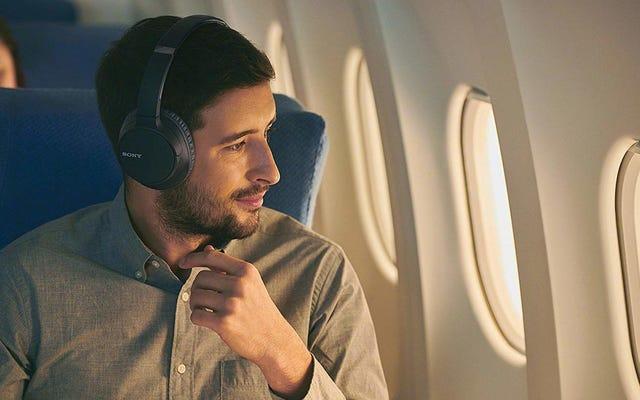 Tận hưởng thời gian yên tĩnh bất cứ lúc nào với tai nghe chống ồn Sony giảm giá này