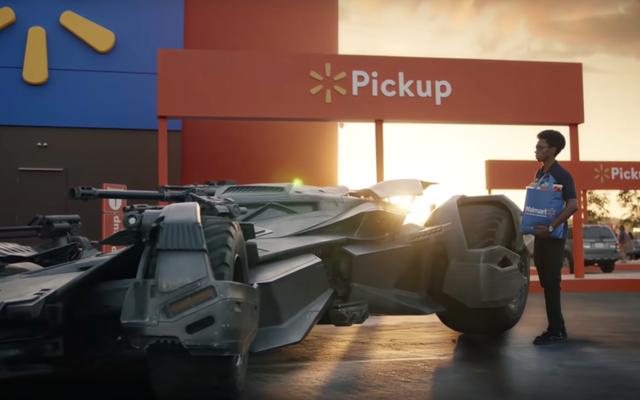 バットモービルにトランクがないのはなぜですか?
