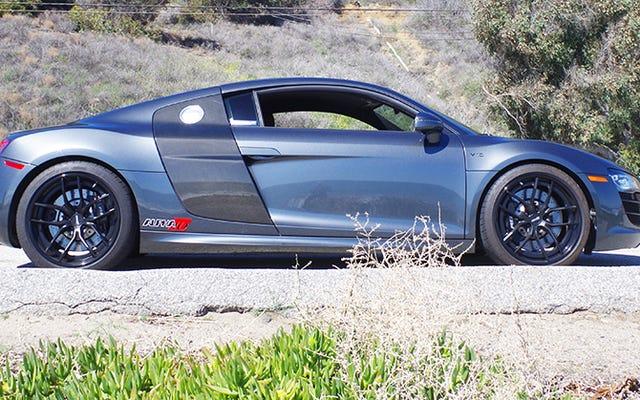 ऑडी R8 को $40,000 टर्बो अपग्रेड की आवश्यकता नहीं है, लेकिन यह निश्चित रूप से अच्छा लगता है