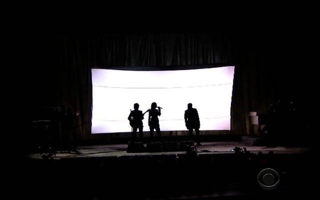 Rihanna, Paul et Kanye portent des combinaisons puissantes assorties pour `` FourFiveSeconds ''