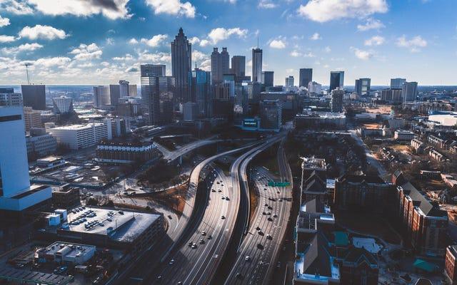 Dari Toko Buku Morehouse College hingga Gerbang Saya di Bandara dalam Under 40 Minutes: An Atlanta Story