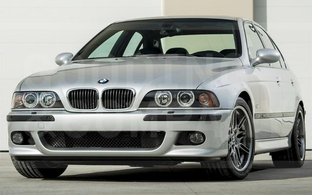 यह 437-माइल 2002 बीएमडब्ल्यू एम 5 नीलामी में $ 176,000 के लिए बेचा गया