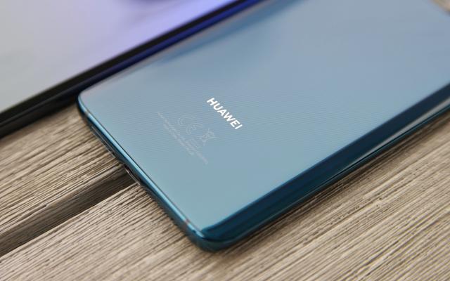 Huawei अपने अगले फोन पर एंड्रॉइड या Google एप्लिकेशन इंस्टॉल नहीं कर पाएगा